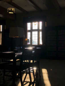 My favorite study spot in the library!